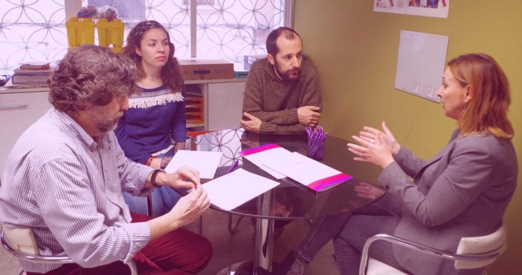 Reunión de afectados por las cooperativas de facturación