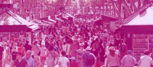 Turistas en la rambla de barcelona uatae