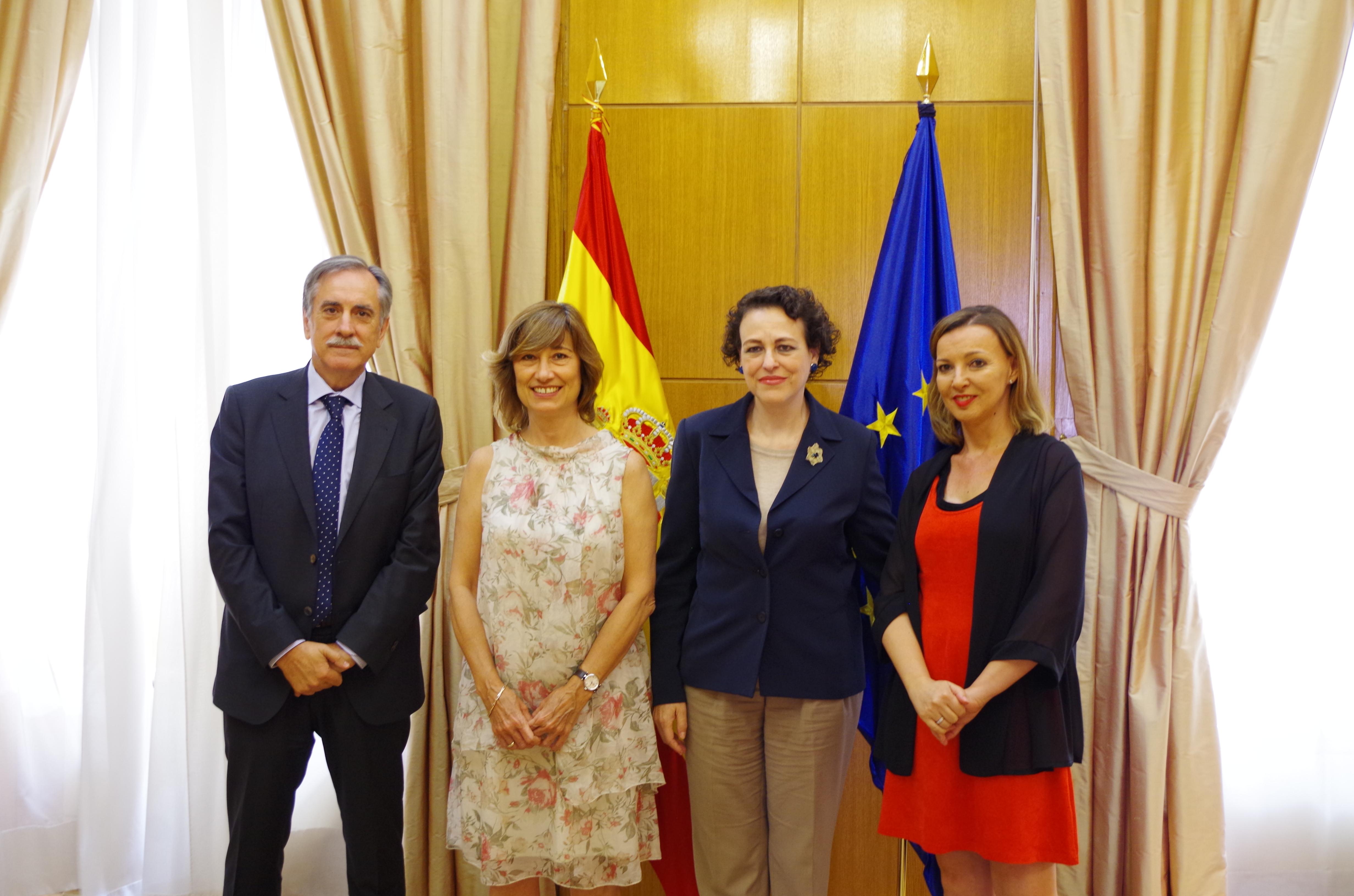 Magdalena Valerio, Valeriano Gómez y María José Landaburu