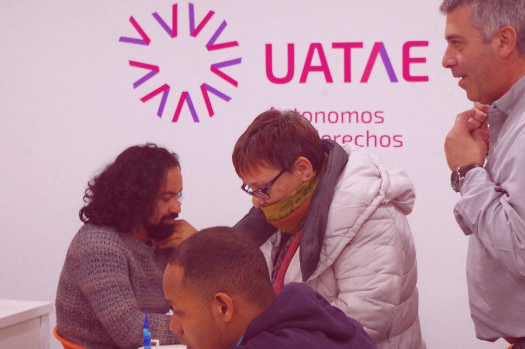 Autónomos extranjeros inmigrantes UATAE