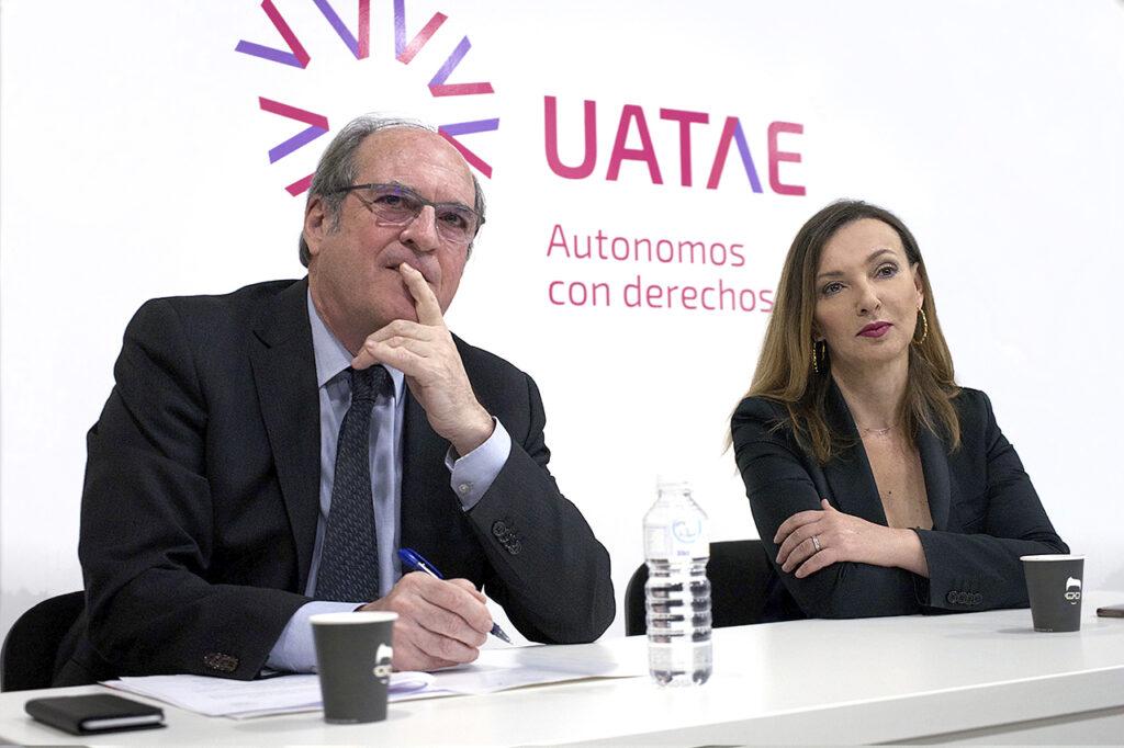 Ángel Gabilondo en desayuno con los autónomos UATAE